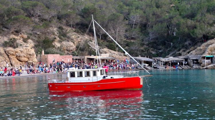 Trommelconcert op het strand van Benirras Ibiza