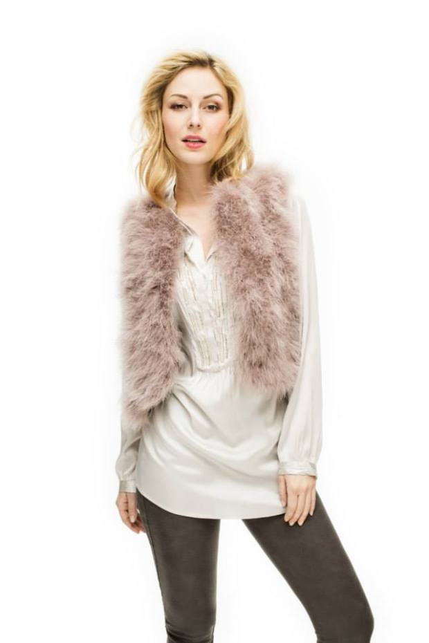 Fluffy gilet met zijde blouse